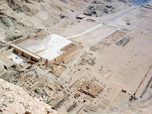 Deir_el-bahri_temples